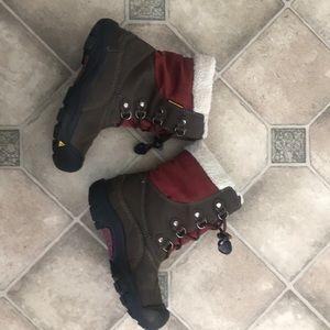 Keen boys boots